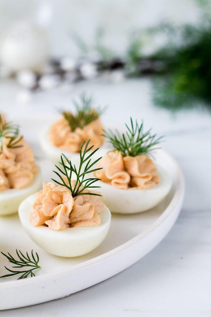 Jajka faszerowane tuńczykiem na Wielkanoc