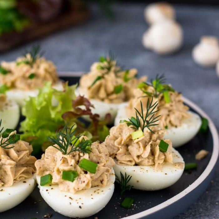 Jajka nadziewane pieczarkami przepis